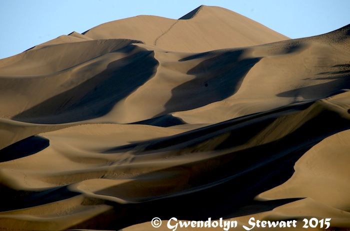 Kumtag Desert, Xinjiang, China, Photographed by Gwendolyn Stewart, c. 2015; All Rights Reserved